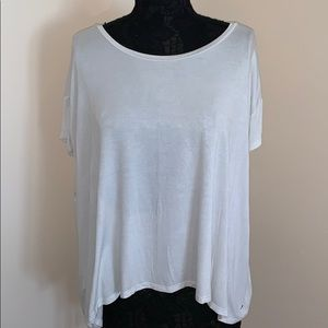 AMERICAN EAGLE White Flow Crop Top